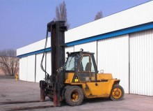 Caterpillar 10t used gas forklift