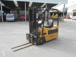 Caterpillar f35 used electric forklift