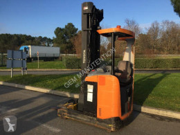 Toyota electric forklift 8FBRE14