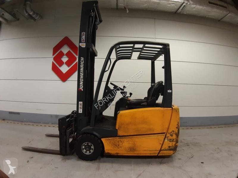 Ver las fotos Carretilla elevadora Jungheinrich EFG216K 3 Whl Counterbalanced Forklift <10t