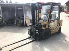 chariot élévateur Caterpillar DP25K