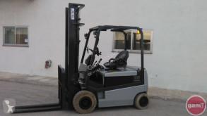 chariot élévateur Nissan Q02L25CU