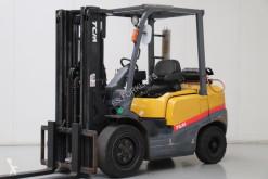 chariot élévateur TCM FHG30T-3