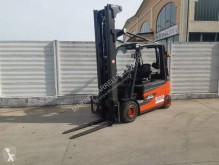 Linde E 30 used electric forklift