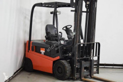 Nissan 1Q2L25Q used electric forklift