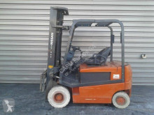 Nissan QO2L25CU used electric forklift
