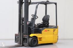 OM XF 18 3 Forklift