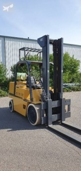 Carrello elevatore a gas Caterpillar T125d