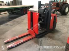 nc EKS110Z100E Forklift