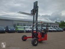 Moffett M4 25.3 Allrad Geländestapler SFZ