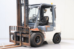 Toyota 62-7FDF30 Forklift used