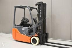 vysokozdvižný vozík elektrický vysokozdvižný vozík Toyota