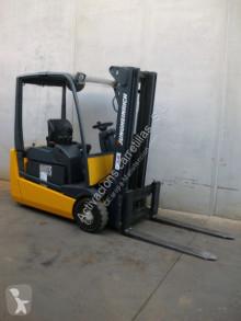 Jungheinrich EFG 216 450 DZ EFG 216 SP 450 DZ chariot électrique occasion