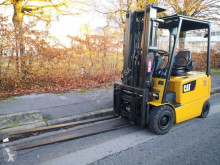 Caterpillar EP25K-PAC electrostivuitor second-hand