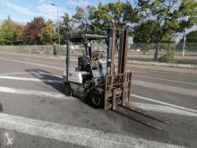 Naftový vozík Komatsu FD1815