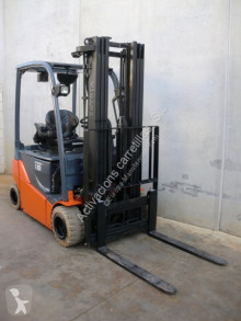 Toyota 8FBMT18 used electric forklift