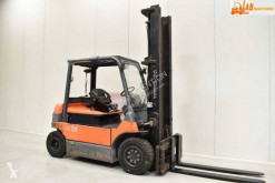 Toyota 7FBMF40 used electric forklift