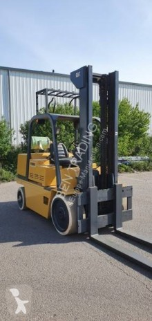 Carrello elevatore a gas Caterpillar EP 25 T125D