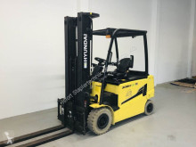 Hyundai 30BH-9 used electric forklift