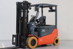 Toyota 8FBMT30 Forklift used