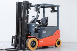 Toyota 8FBMT30 Forklift used
