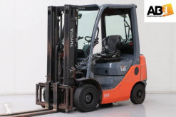 Toyota 02-8FGF18 used gas forklift