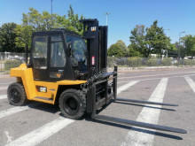 Caterpillar DP60 motostivuitor second-hand