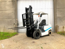 Дизелов мотокар Unicarriers FD25T4
