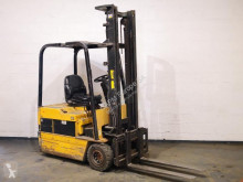 Caterpillar F30 used electric forklift