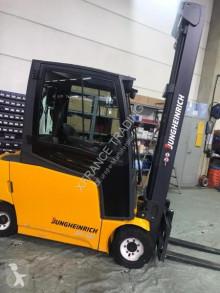 Jungheinrich EFG320 eldriven truck begagnad