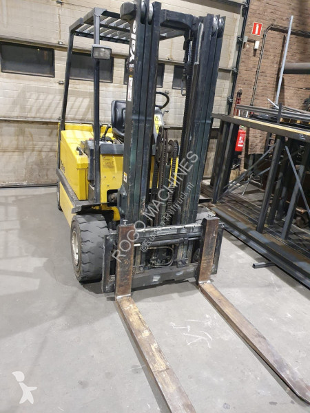 View images Yale ERP 30 Forklift