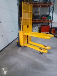 Gaffeltruck Jungheinrich stapelaar elektrische met pompwagen functie tillbehör begagnad