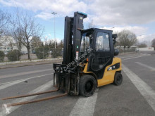 Gas heftruck Caterpillar GP30NTD