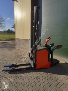 Apilador de conductor a pie Linde l16ap stapelaar elektrische accu bj 2016
