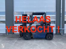 Chariot élévateur Yale 2,5 ton LPG machine 2.5 gas heftruck GLP25 fo neuf