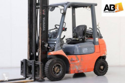 Toyota gas forklift 42-7-FGF-20