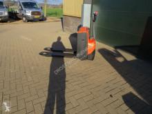 Transpallet BT lwe 180 paletwagen elektrische guida in accompagnamento usato
