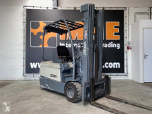 Crown SC 3018 used electric forklift