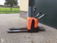 Transpaleta de conductor a pie BT LPE 200 meerij palletwagen elektrische
