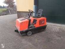 Handling tractor jonsen 1000 elektrische veegmachine