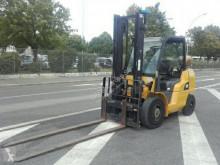 Caterpillar GP40NT plynový vozík použitý
