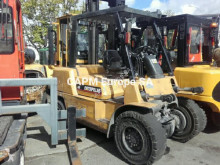 Dieseltruck Caterpillar DP40KL