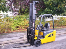 Caterpillar EP20NT used electric forklift