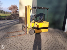 Jungheinrich heftruck elektrische met 3 delige mast elektrický vozík použitý
