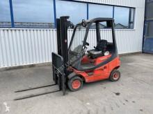 Chariot à gaz Fenwick-Linde H16T