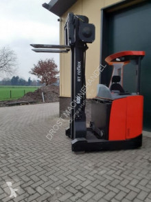 Chariot à mât rétractable BT RRE 160E reachtruck elektrische met lepelversteling
