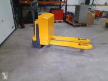 Raklapemelő Jungheinrich palletwagen elektrische als nieuwe használt gyalogkíséretű