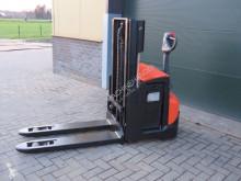 Gaffeltruck BT swe200d stapelaar elektrische tillbehör begagnad