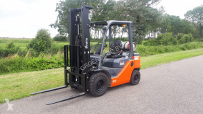 Toyota 02-8FGF 25 Forklift used