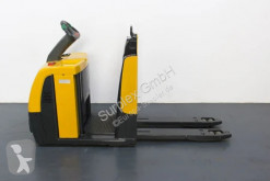 Jungheinrich ECE220 gebrauchter Elektrostapler